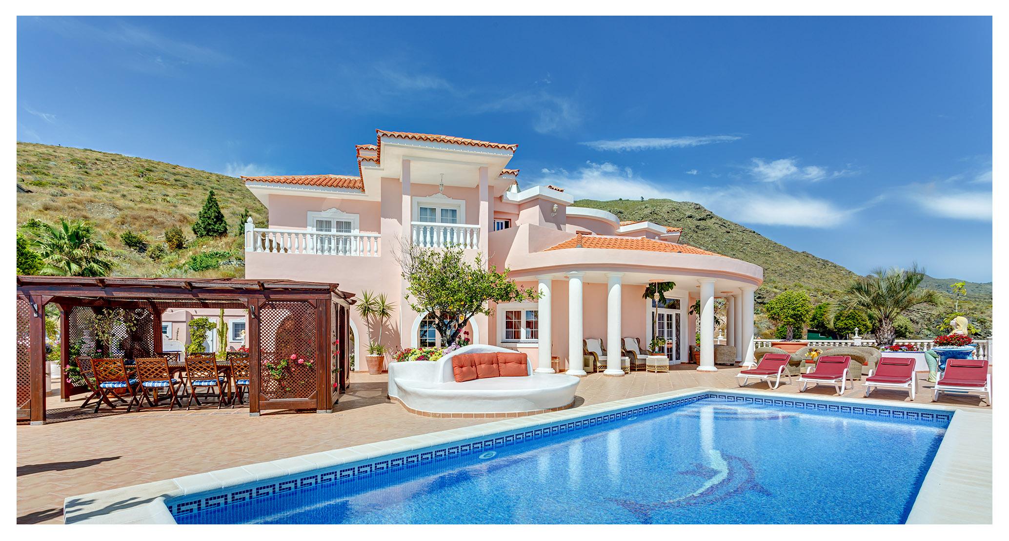Nhà ở một gia đình vì Bán tại Villa Monaco Camino Las Moraditas Adeje, Tenerife Canary Islands 38677 Tây Ban Nha