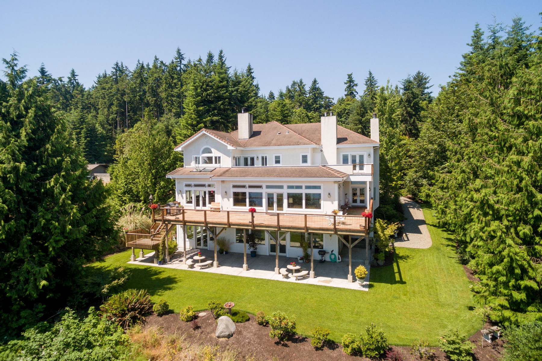 Single Family Home for Sale at Waterfront Estate RES712015 Port Hadlock, Washington 98339 United States