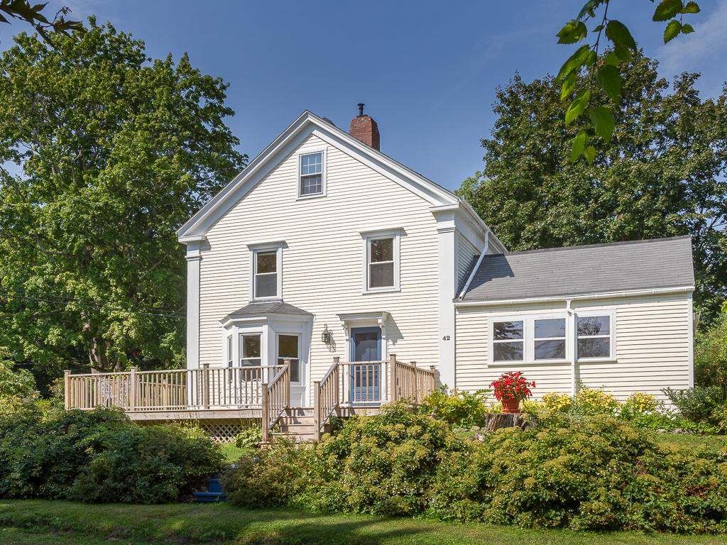 Moradia para Venda às 42 Sea Street Rockport, Maine, 04856 Estados Unidos