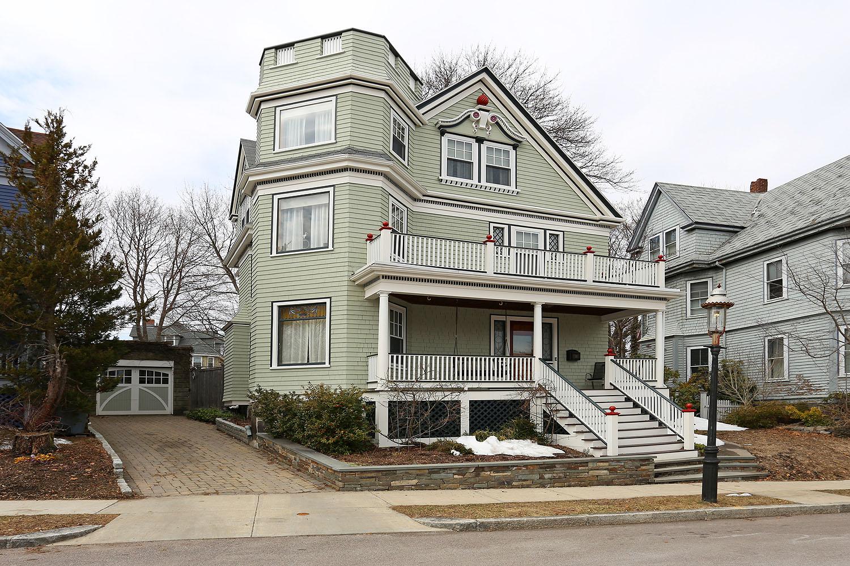 Einfamilienhaus für Verkauf beim Wellesley Park Single Family 21 Wellesley Park Dorchester, Boston, Massachusetts 02124 Vereinigte Staaten