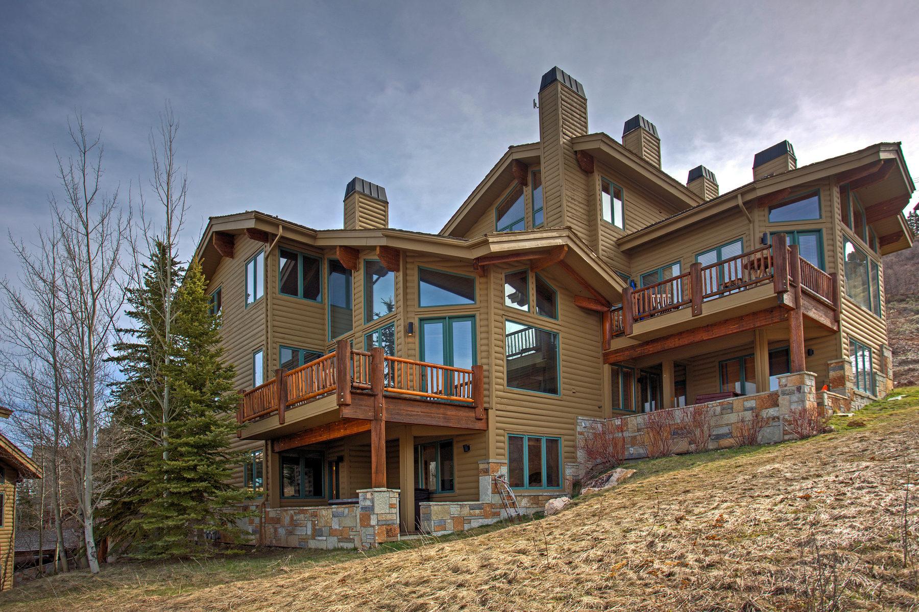 단독 가정 주택 용 매매 에 Updated Deer Valley Townhome With Direct Ski Access and Spectacular Views 7900 Royal St E #12 Park City, 유타, 84060 미국