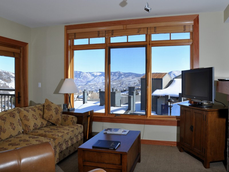 Condominium for Sale at Capitol Peak 60 Carriage Way #3222 Snowmass Village, Colorado 81615 United States