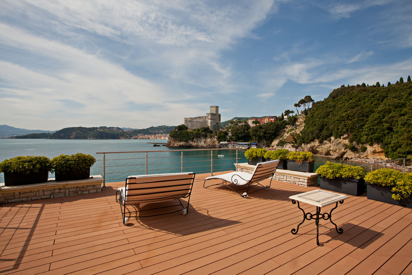 Additional photo for property listing at Spectacular waterfront villa with direct sea-access Maralunga Lerici, La Spezia 19032 Italy