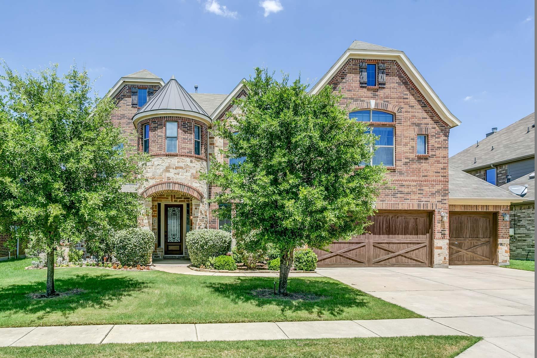 Maison unifamiliale pour l Vente à 5309 Royal Lytham Road Fort Worth, Texas, 76244 États-Unis
