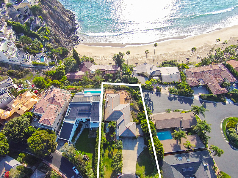 Single Family Home for Sale at 141 Emerald Bay Laguna Beach, California 92651 United States