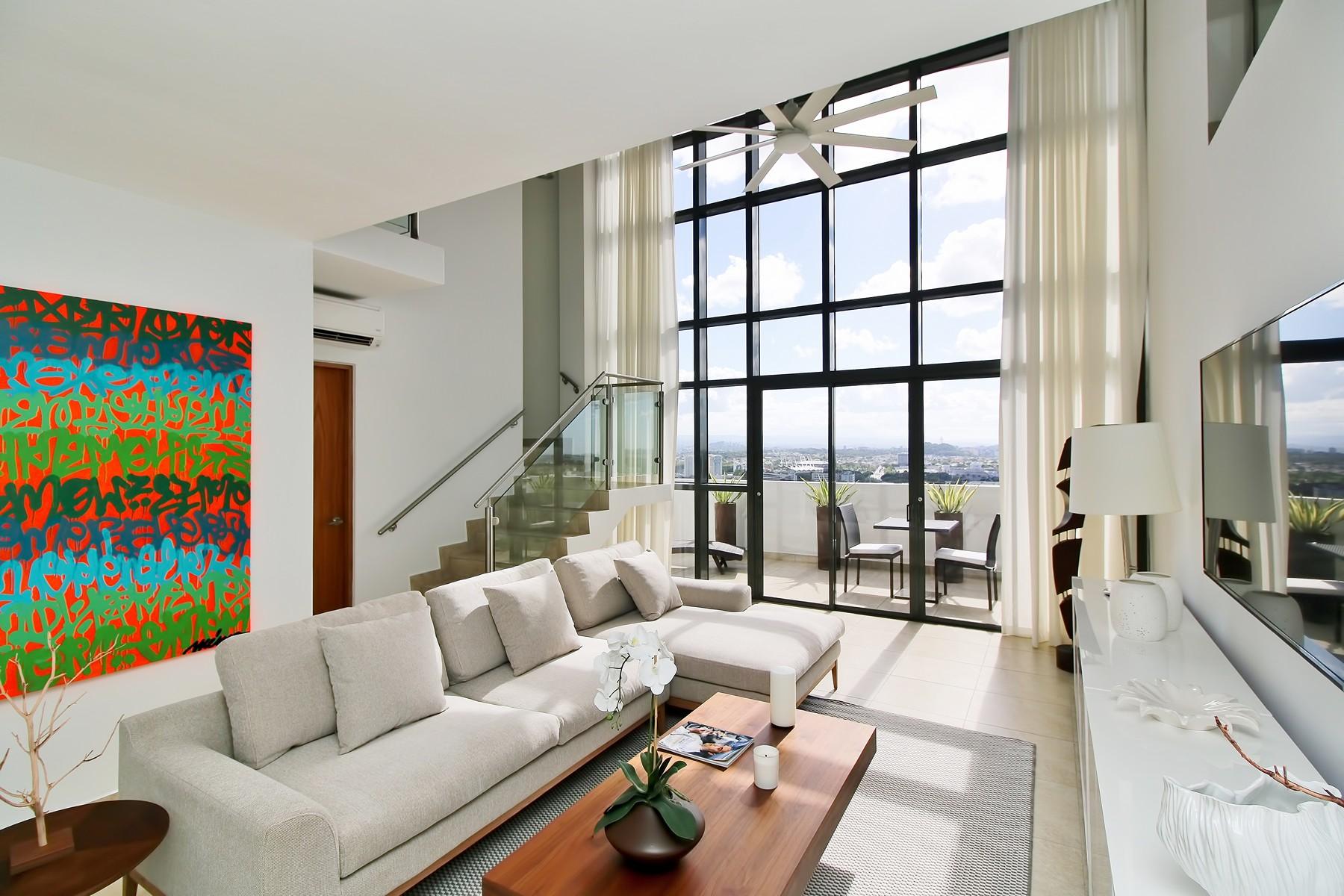 Condomínio para Venda às Penthouse at The Quantum, Financial District 120 Calle Carlos F Chardón Apt 2602 San Juan, Puerto Rico 00918 Puerto Rico