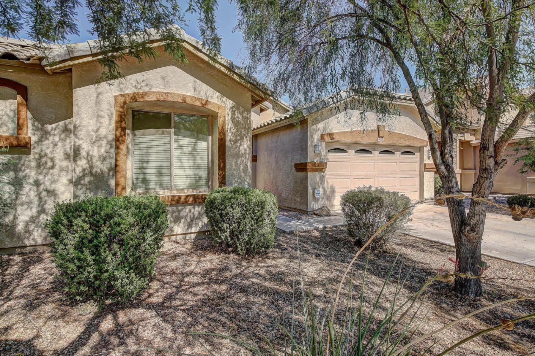Villa per Vendita alle ore Fantastic, spacious single story home in The Meadows 46058 W Rainbow Dr Maricopa, Arizona 85139 Stati Uniti