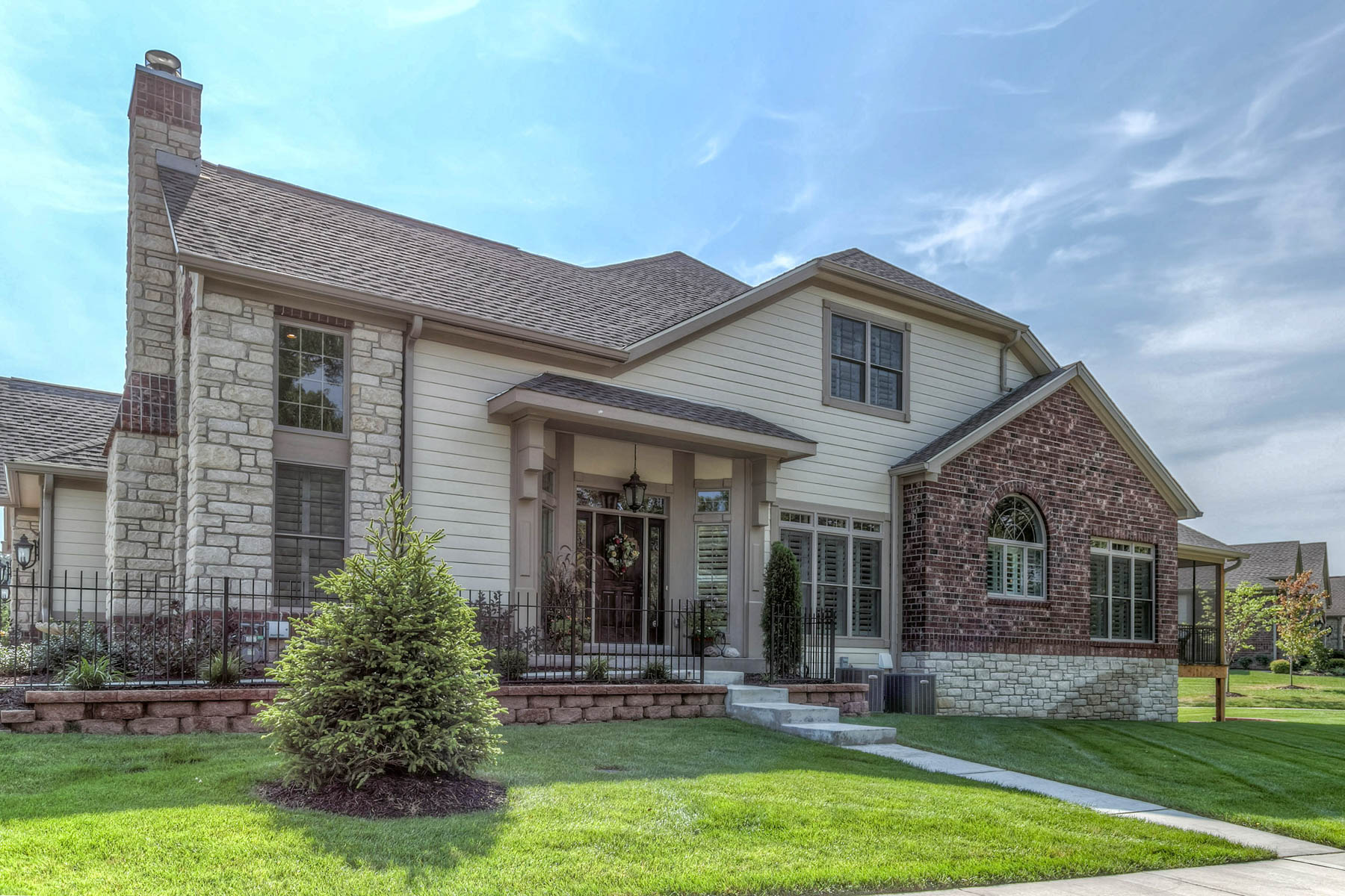 Property For Sale at Meadowbrook Country Club