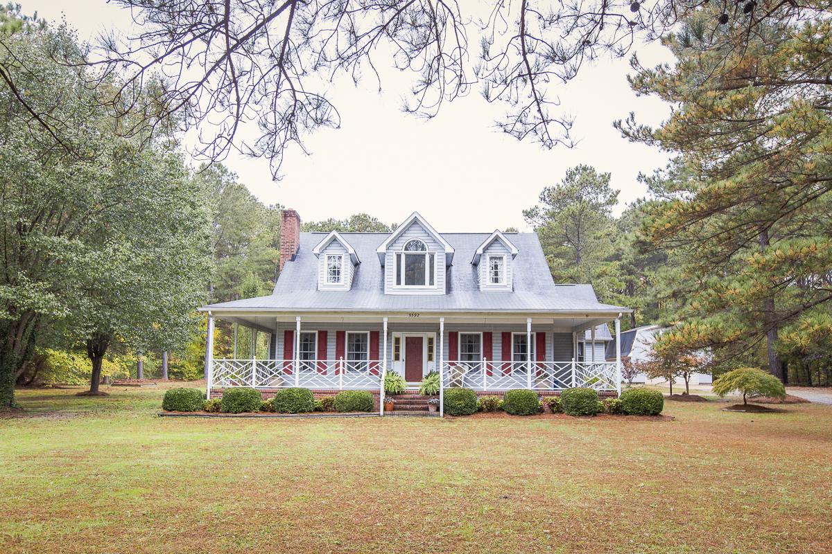 Maison unifamiliale pour l Vente à Millwood 5592 Millwood Dr. Gloucester, Virginia, 23061 États-Unis