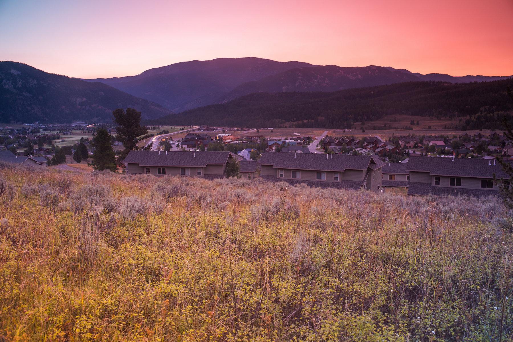 共管物業 為 出售 在 New Construction Deer Run Condo Big Pine Drive Unit K2 Big Sky, 蒙大拿州 59716 美國