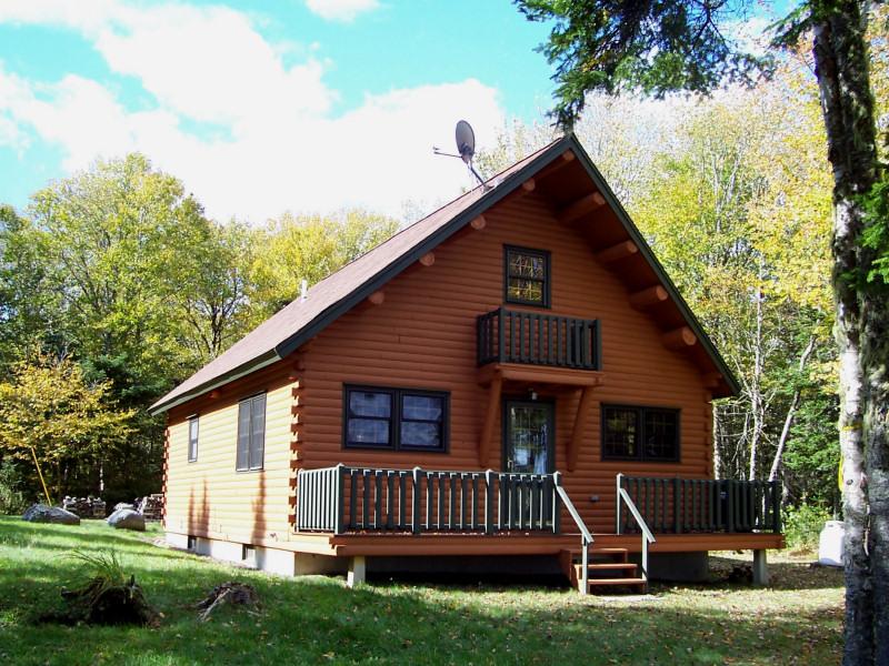 Villa per Vendita alle ore Bayside Paradise 30 Upper Ground View Jonesport, Maine 04649 Stati Uniti