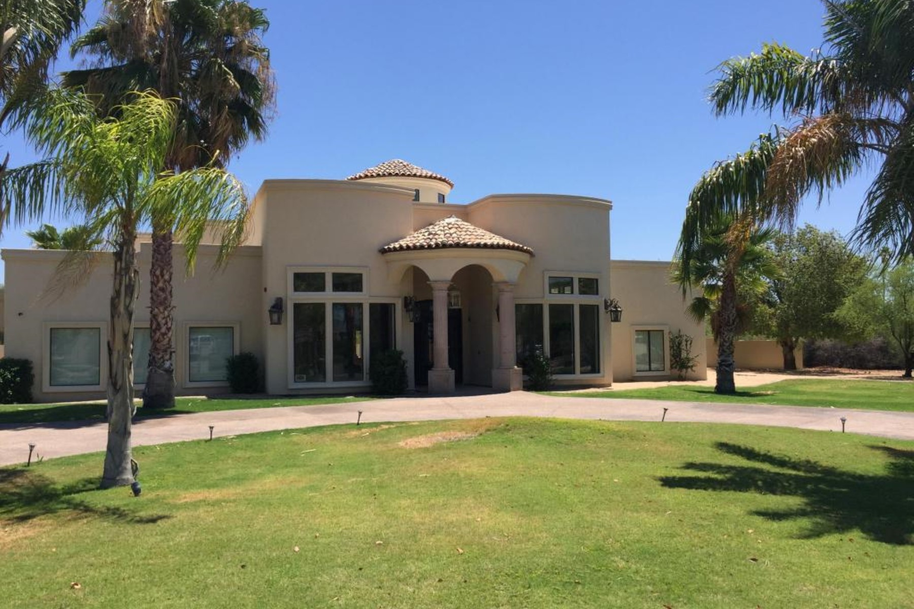 rentals property at Luxury Rental in Paradise Valley and just minutes to downtown Scottsdale.