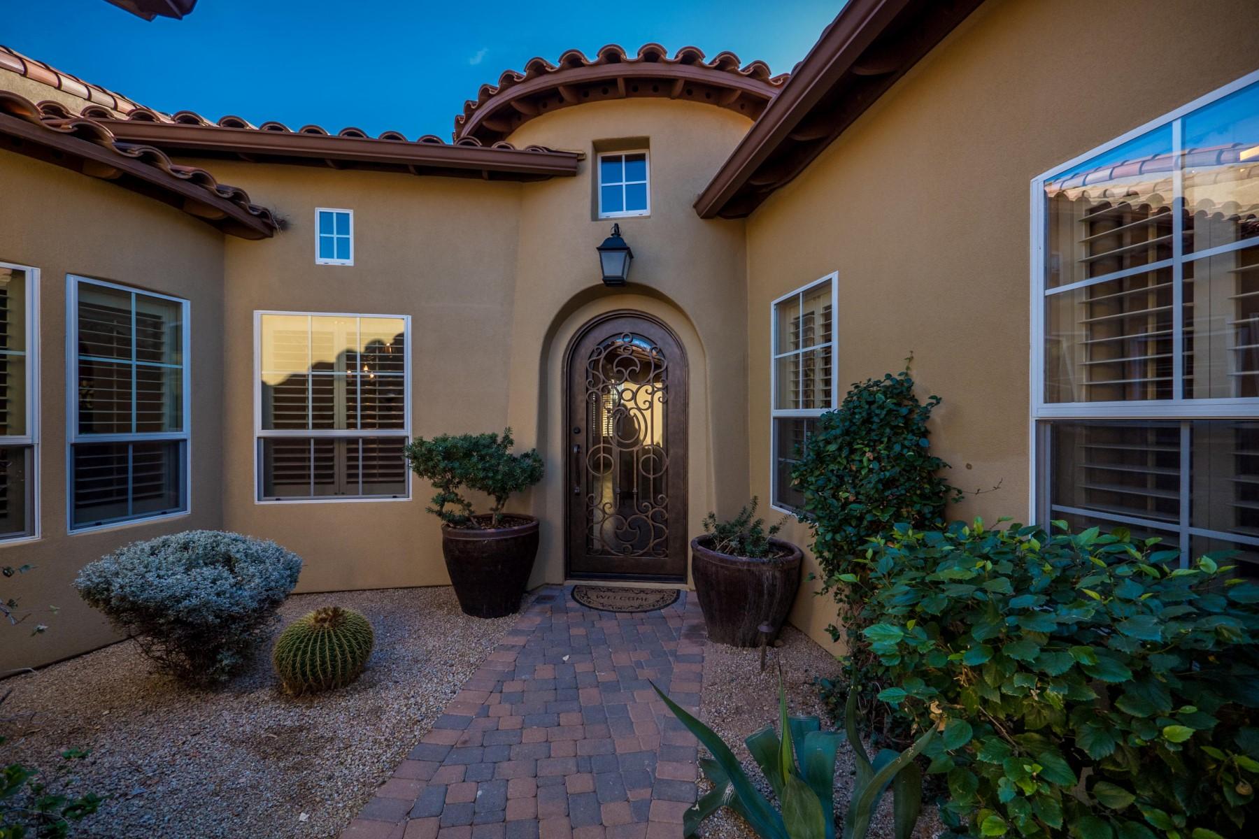 タウンハウス のために 売買 アット Low maintenance home with luxury finishes 20367 N 89th Way Scottsdale, アリゾナ, 85255 アメリカ合衆国
