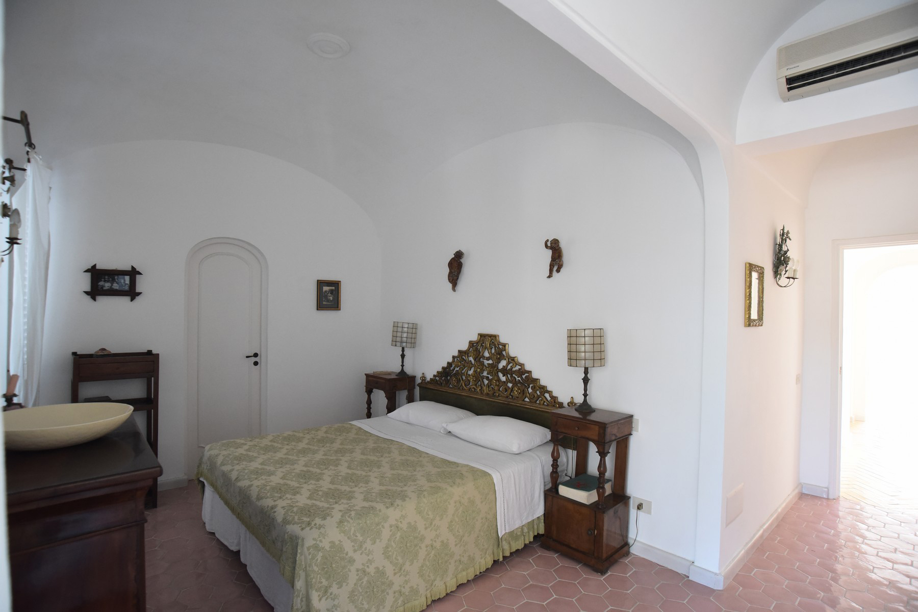 Additional photo for property listing at Impressive Villa in the heart of Capri Capri, Naples Italie