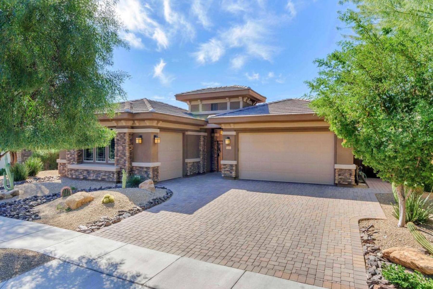 Casa Unifamiliar por un Venta en Stunningly beautiful home in Sonoran Foothills 1725 W Burnside Trl Phoenix, Arizona, 85085 Estados Unidos