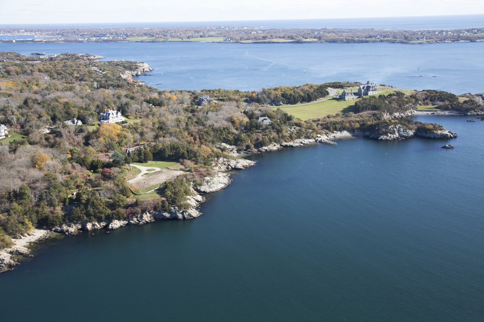 Additional photo for property listing at Oceanfront Site on Mackerel Cove 196 Highland Drive Jamestown, Rhode Island 02835 Estados Unidos