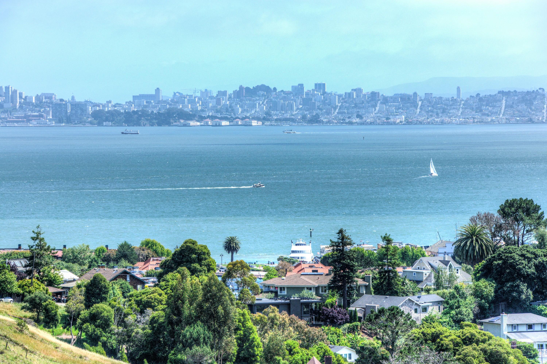 独户住宅 为 销售 在 Best View in Tiburon 1474 Vistazo West Street 蒂伯龙, 加利福尼亚州, 94920 美国