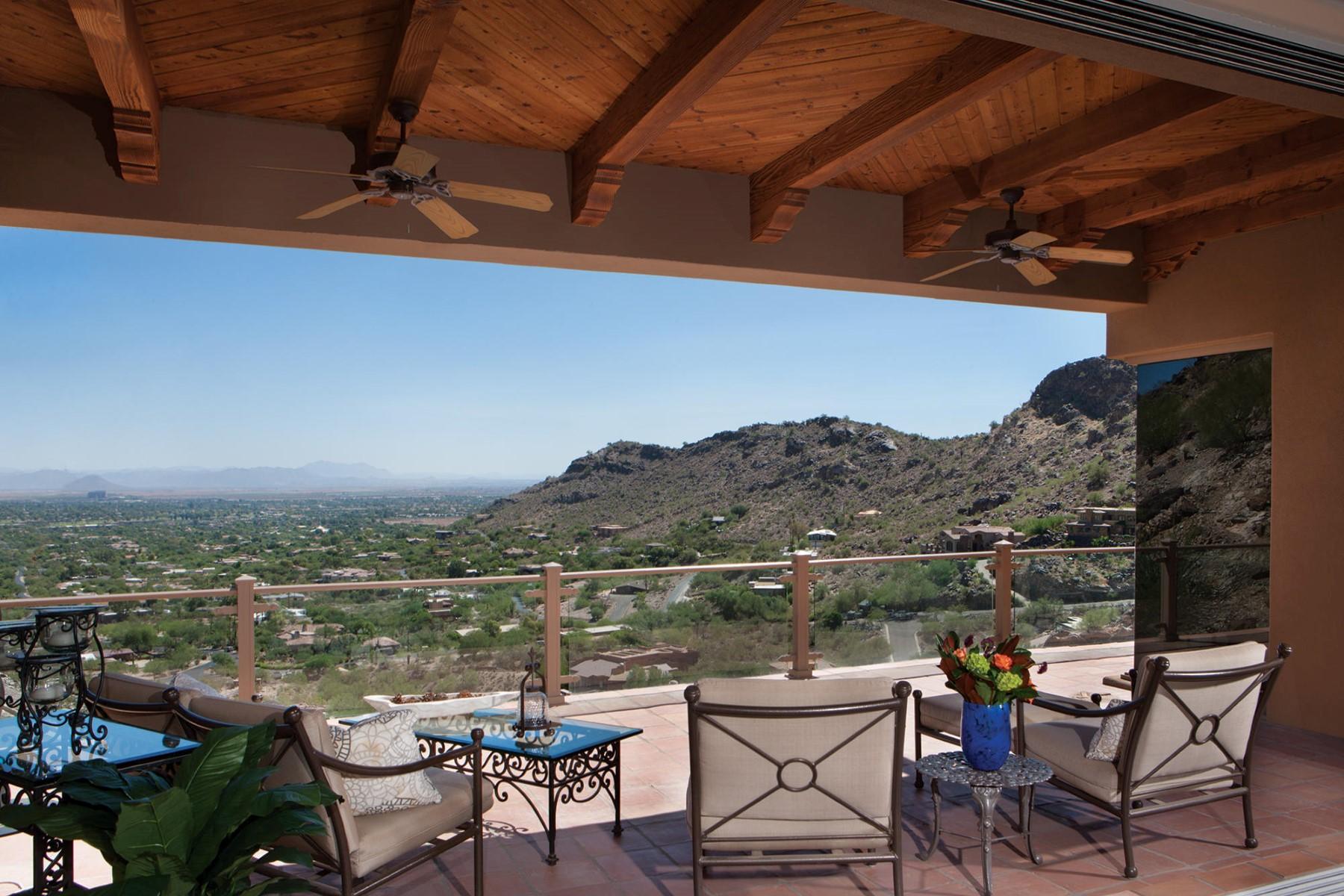Частный односемейный дом для того Продажа на Impeccably maintained spectacular hillside home with fantastic views 5749 E Cheney Dr Paradise Valley, Аризона, 85253 Соединенные Штаты