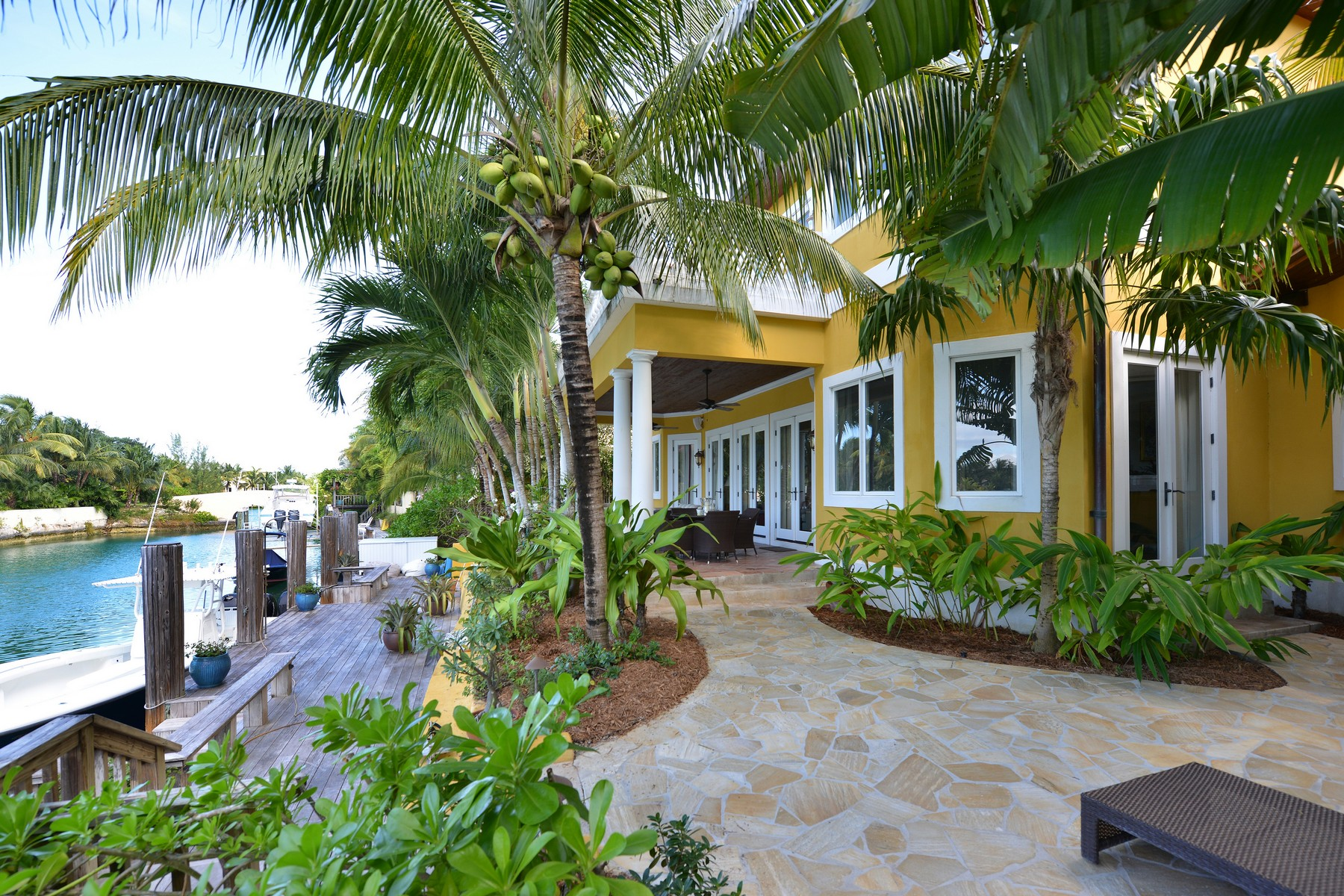 Additional photo for property listing at Venetian, Old Fort Bay Old Fort Bay, Nassau And Paradise Island Bahamas