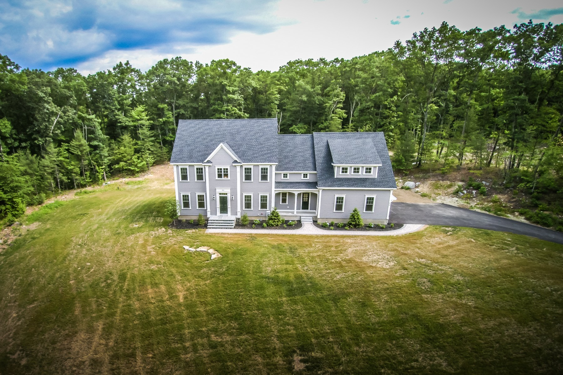 Vivienda unifamiliar por un Venta en Masterpiece of Craftmanship & Design 498 West Main Street Northborough, Massachusetts, 01532 Estados Unidos