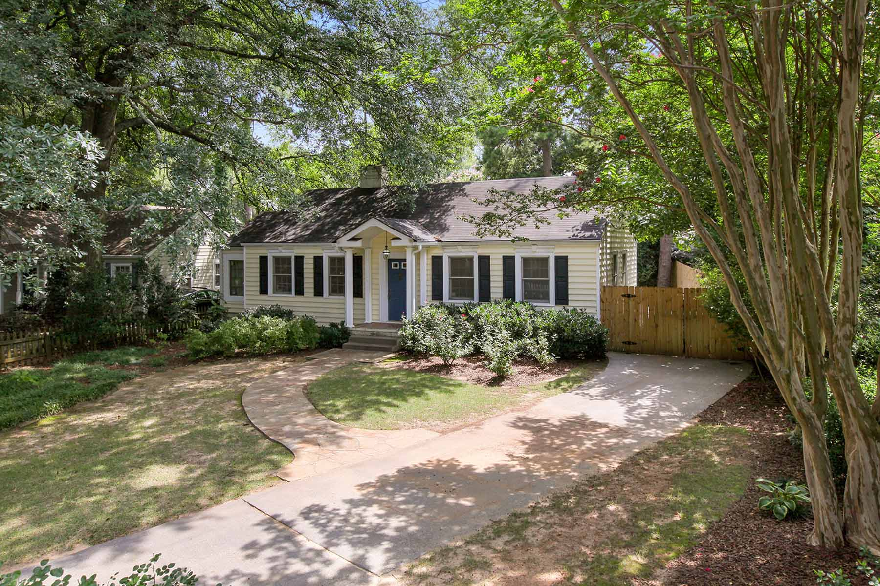 Single Family Home for Sale at Insanely Accessible Intown Living 354 Hascall Road NW Loring Heights, Atlanta, Georgia 30309 United States