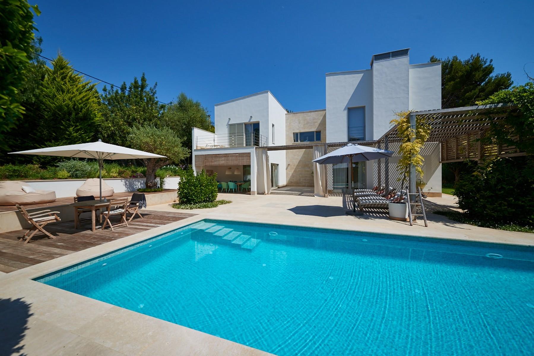 Single Family Home for Sale at Modern villa near to the beach in Bendinat Bendinat, Mallorca 07181 Spain