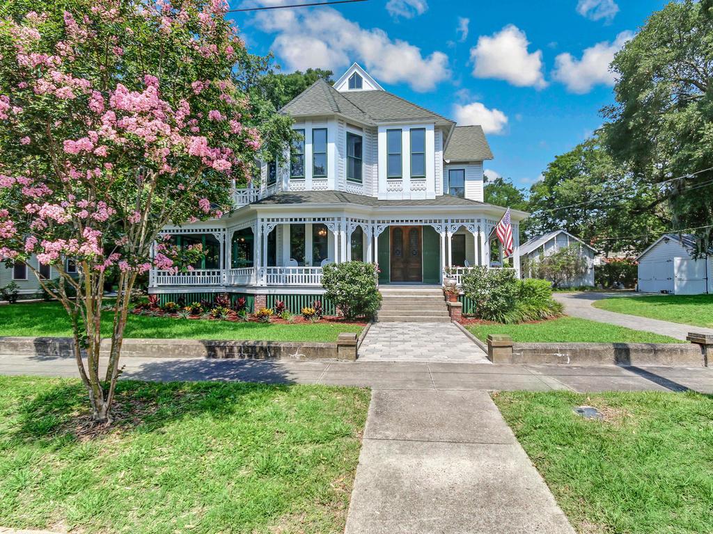 Einfamilienhaus für Verkauf beim Chadwick House 121 N 6TH STREET Fernandina Beach, Florida, 32034 Vereinigte Staaten