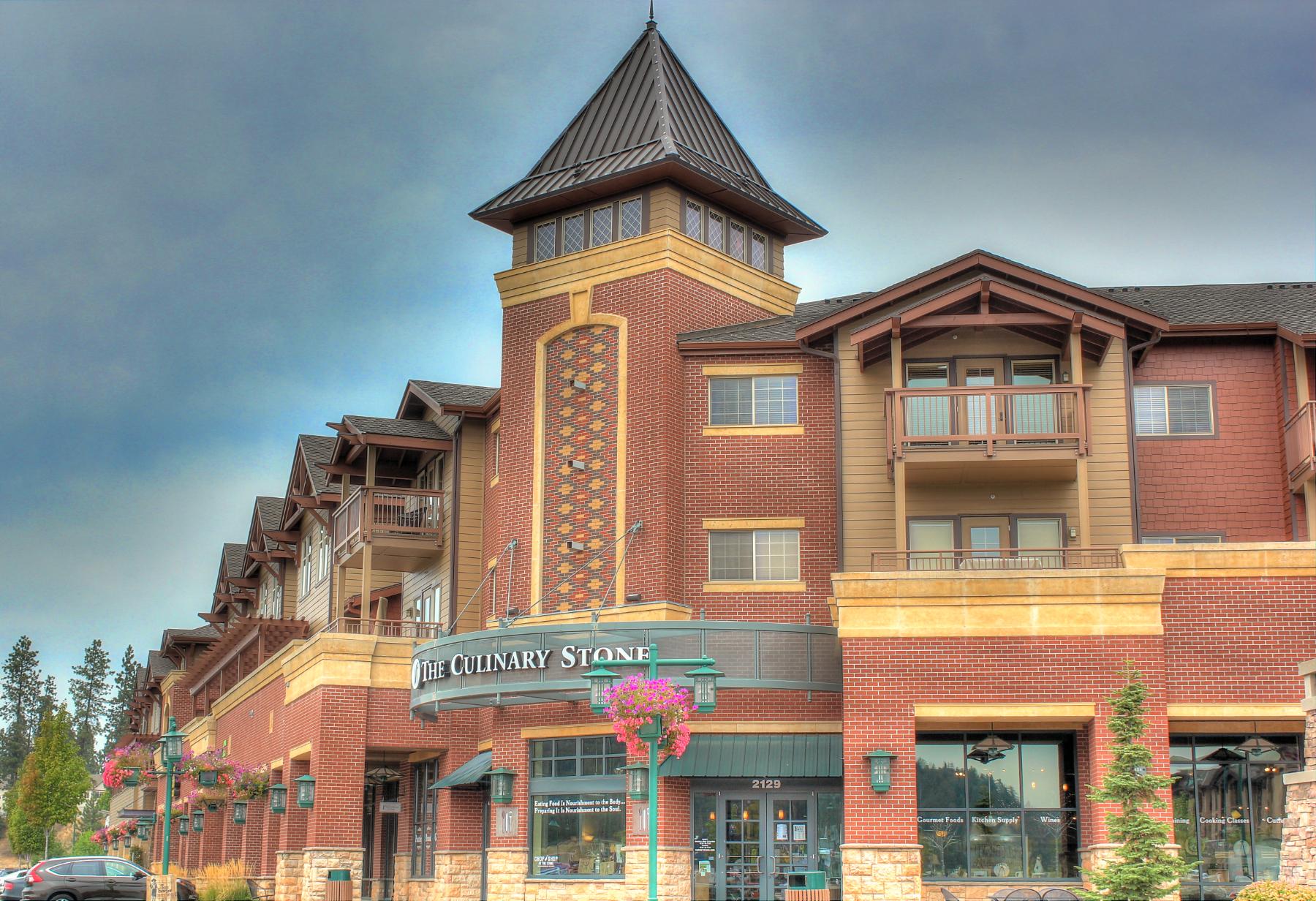 sales property at Beautiful Riverstone Condo