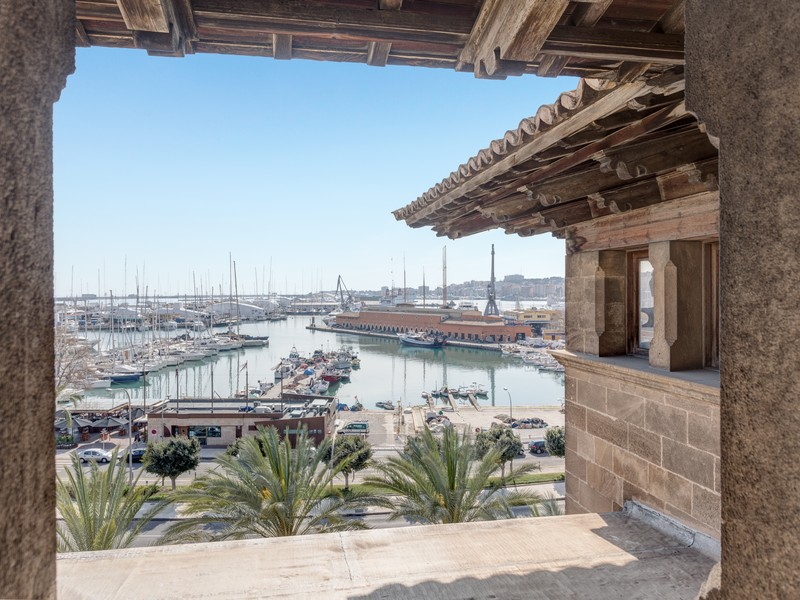 Apartment for Sale at Great investment in frontline Palma Palma Center, Mallorca 07001 Spain