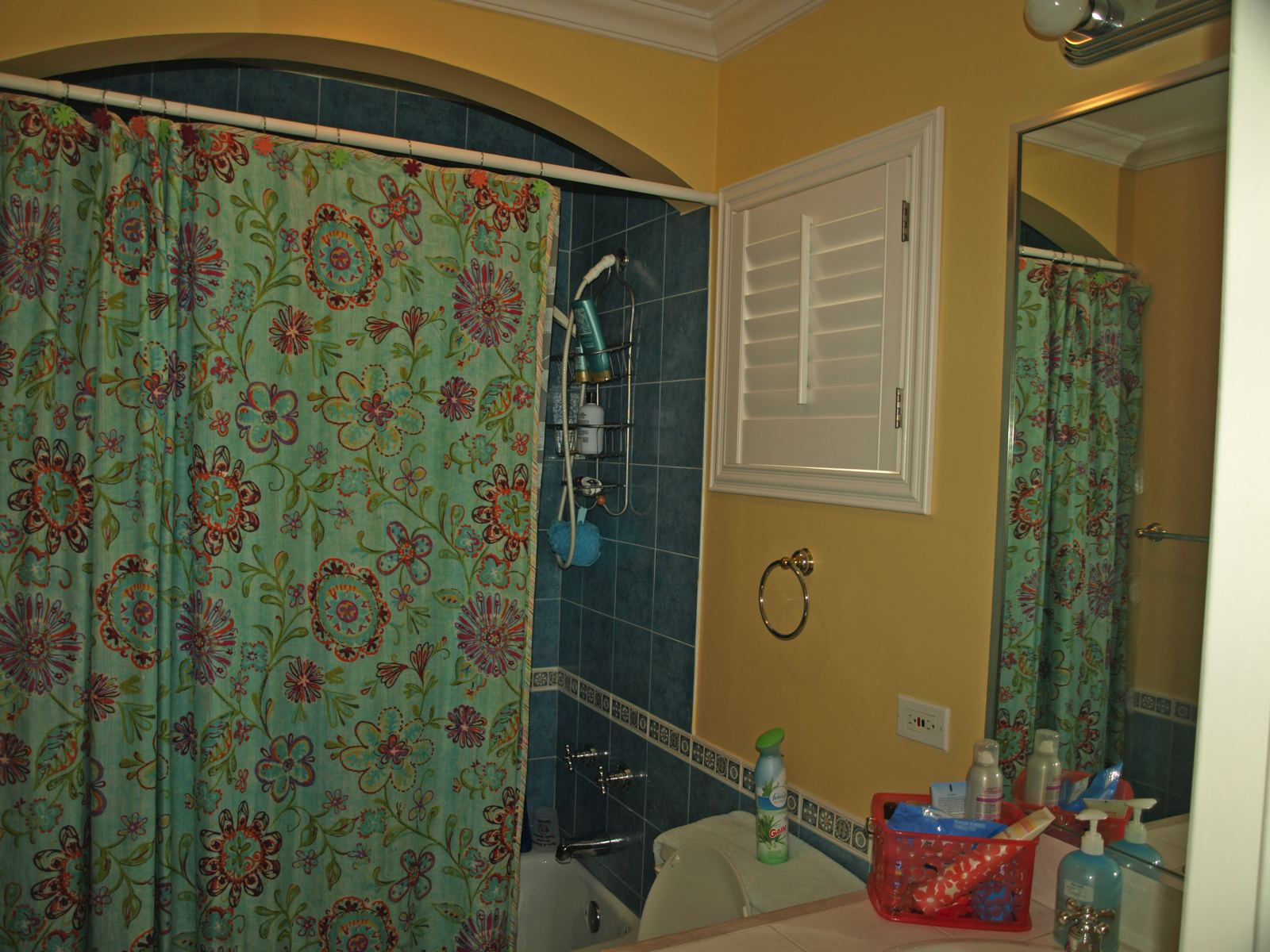 Additional photo for property listing at NEW PRICE ~ Caves Point 2nd Floor Caves Point, 海湾街, 新普罗维登斯/拿骚 巴哈马