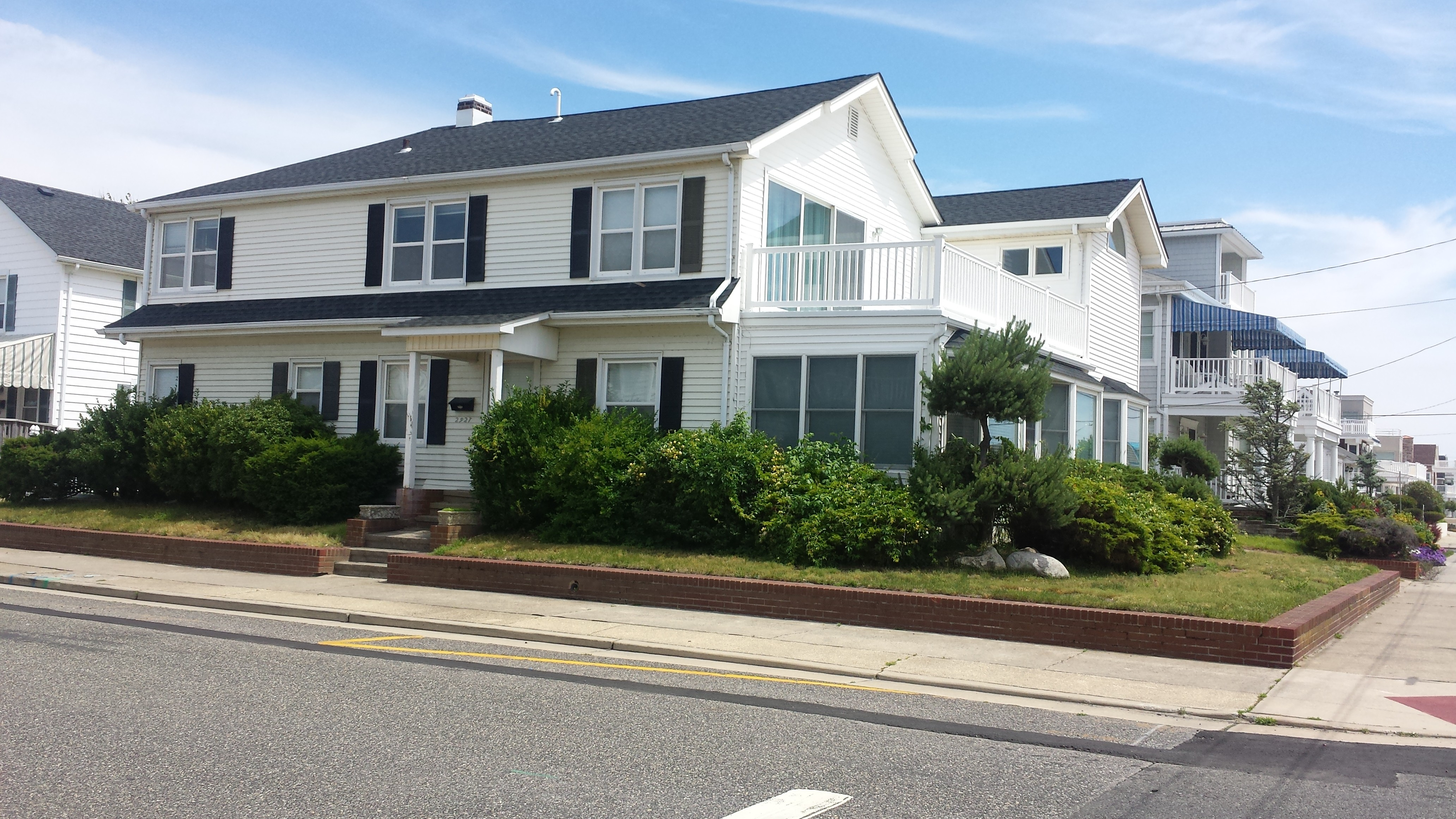 rentals property at 2927 Atlantic Ave