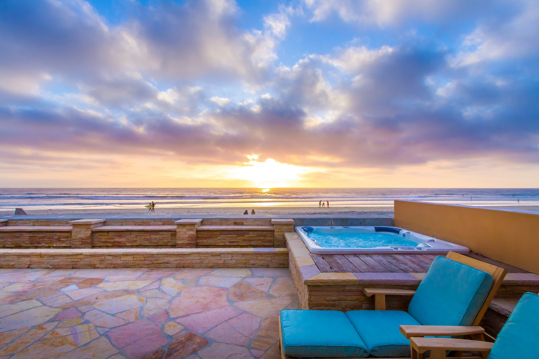 Single Family Home for Sale at 2016 Ocean Front Drive Del Mar, California 92014 United States