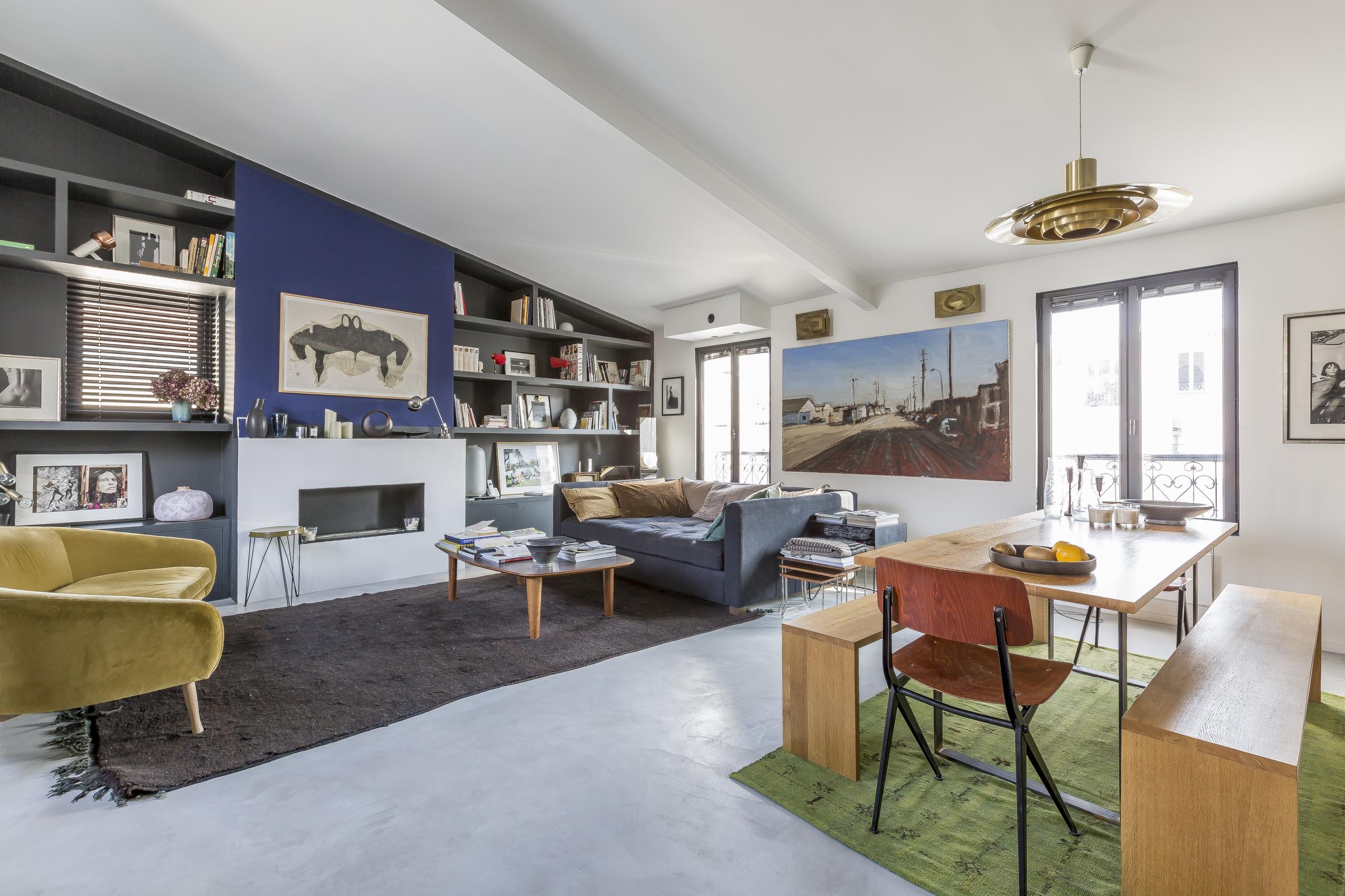 Apartamento por un Venta en Rue d'Orsel 22 rue d'Orsel Paris, Paris 75018 Francia