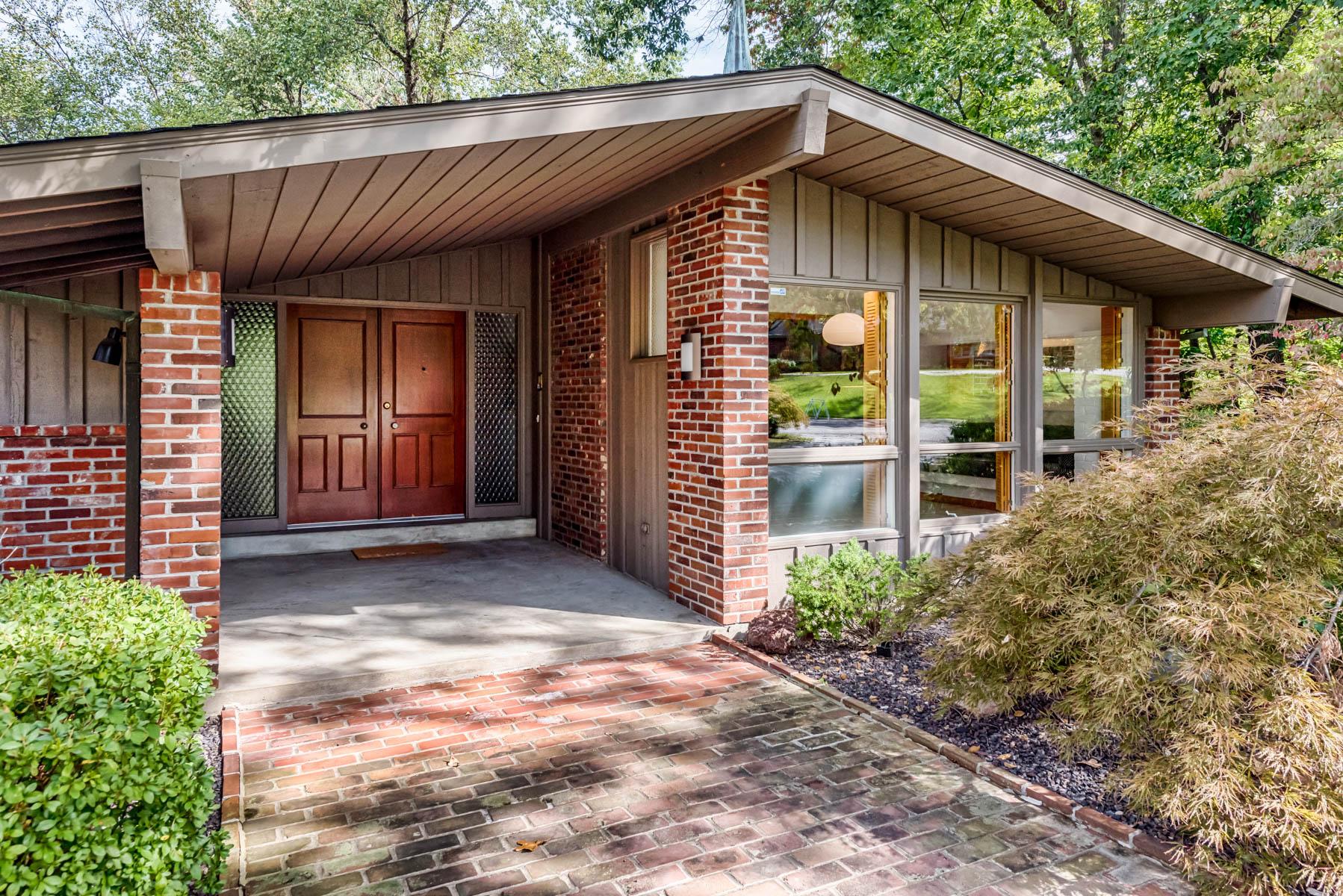 Einfamilienhaus für Verkauf beim Copper Hill Road 9897 Copper Hill Road Ladue, Missouri, 63124 Vereinigte Staaten