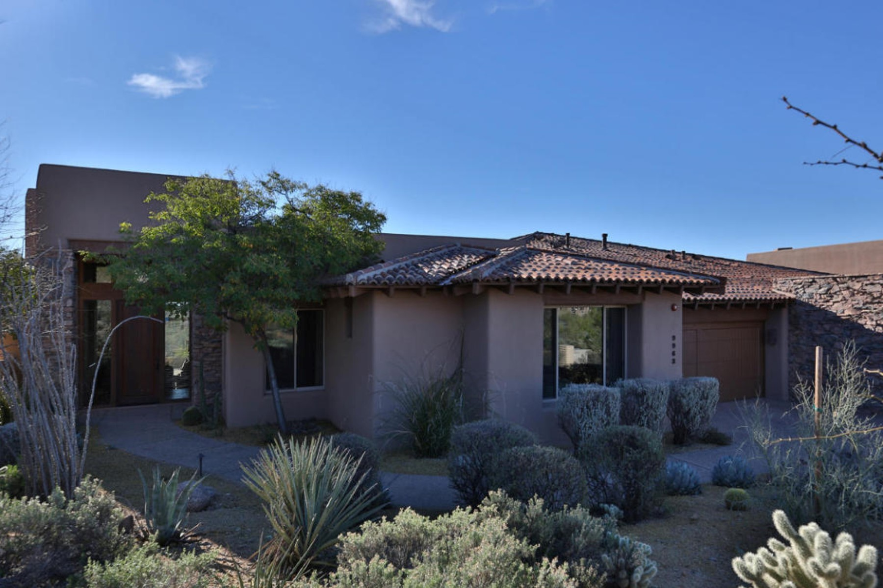 sales property at Lovely home in the Lookout Ridge Village of Desert Mountain