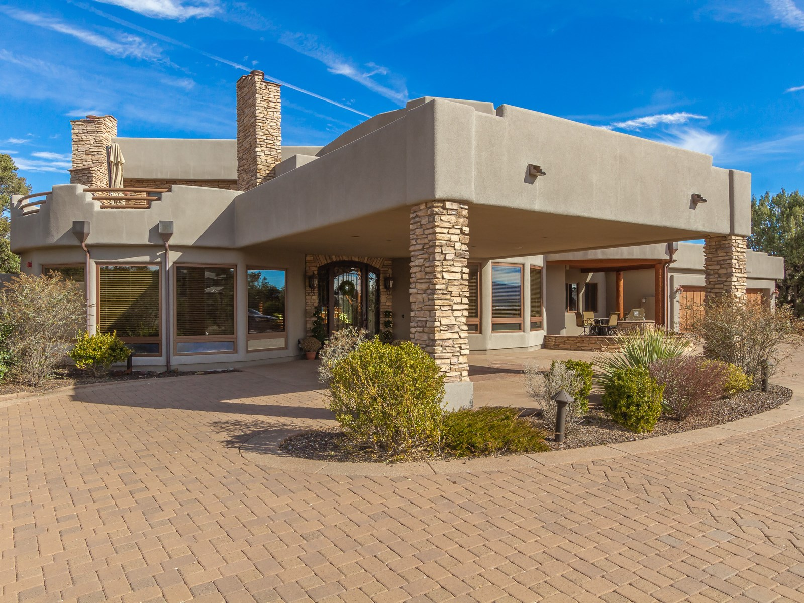 Single Family Home for Sale at Stunning Contemporary Home 1341 Sierry Peaks Drive Prescott, Arizona, 86305 United States