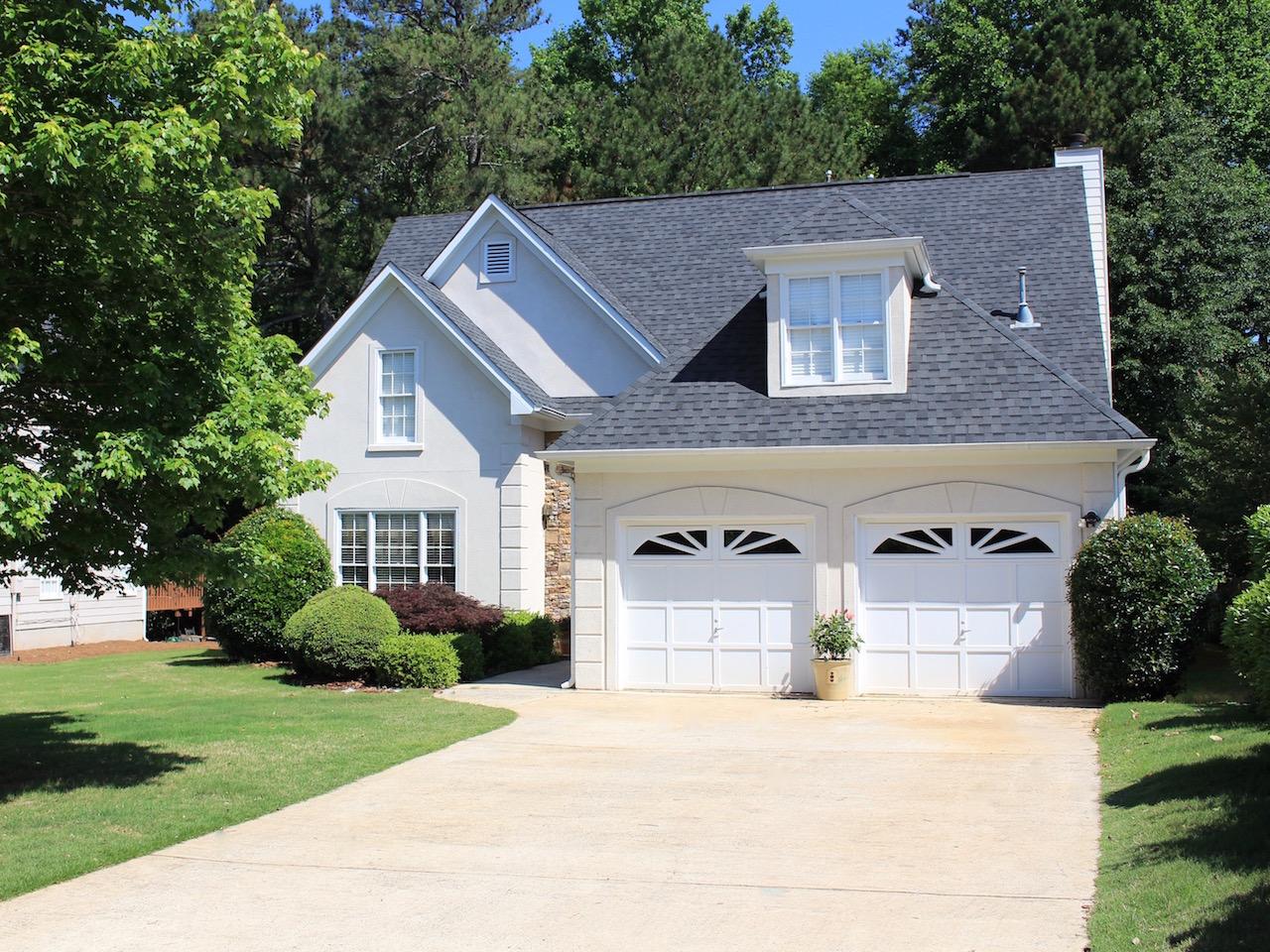 一戸建て のために 売買 アット Johns Creek Location On Private Lot 5210 Coacoochee Terrace Alpharetta, ジョージア, 30022 アメリカ合衆国