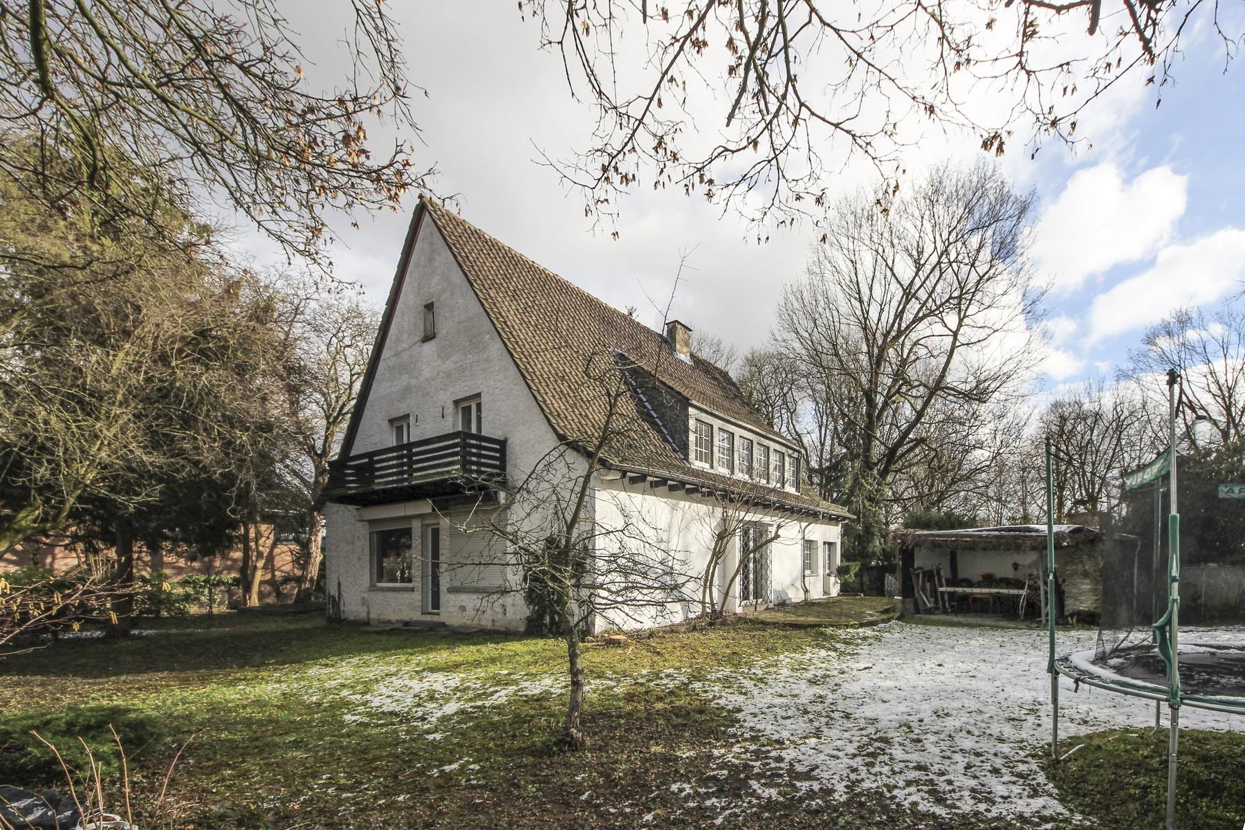 Nhà ở một gia đình vì Bán tại Fine Estate in Best Location! Mainz, Rhineland-Palatinate 55131 Đức