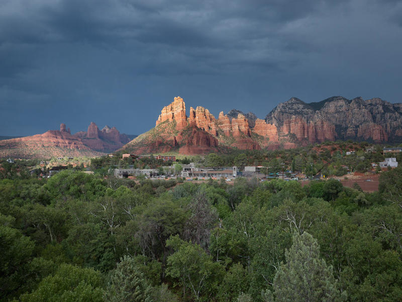 Casa Unifamiliar por un Venta en Views, Oak Creek and more Views! 854 Brewer Rd Sedona, Arizona 86336 Estados Unidos