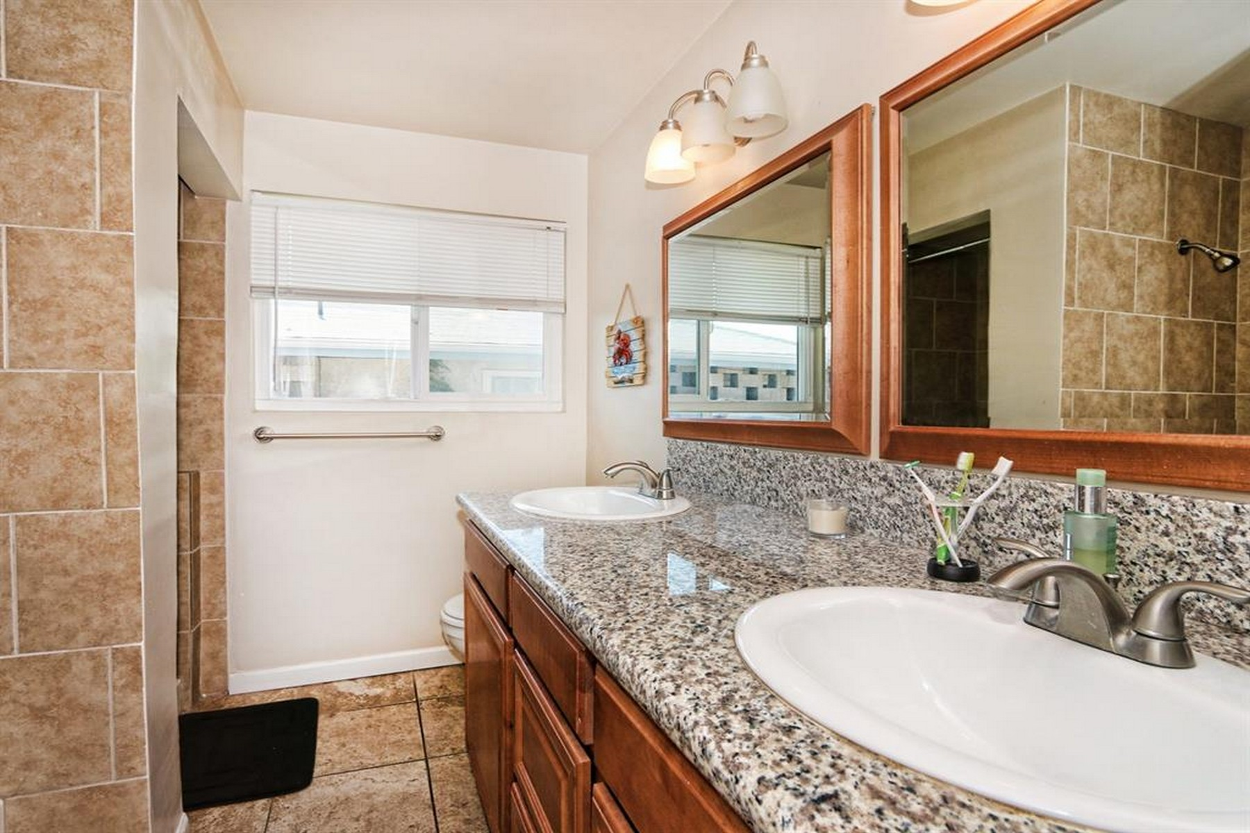 Additional photo for property listing at B Street 3385 B Street San Diego, Californie 92102 États-Unis