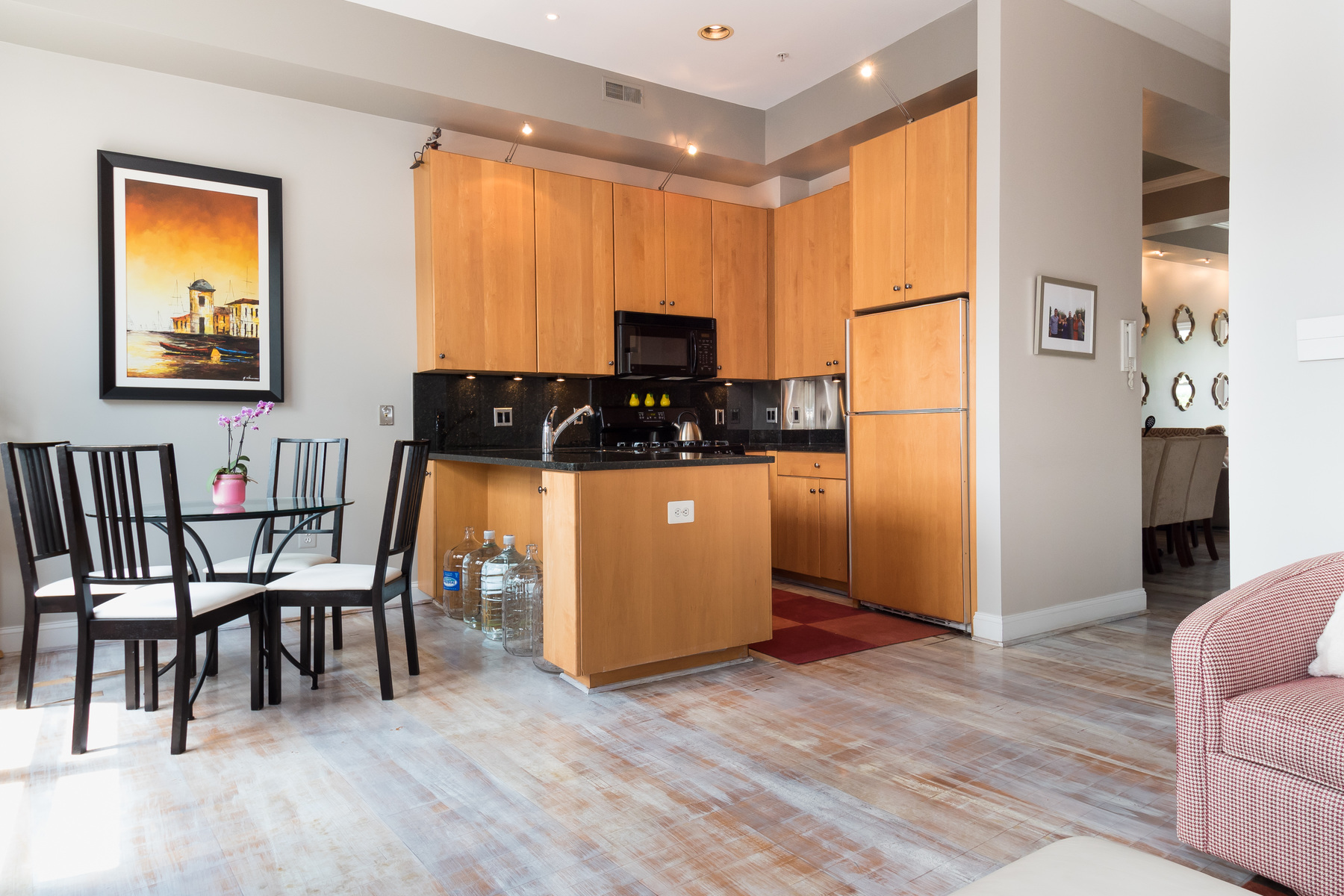 Additional photo for property listing at 27 Logan Circle Nw 4, Washington  Washington, Distrito De Columbia 20005 Estados Unidos