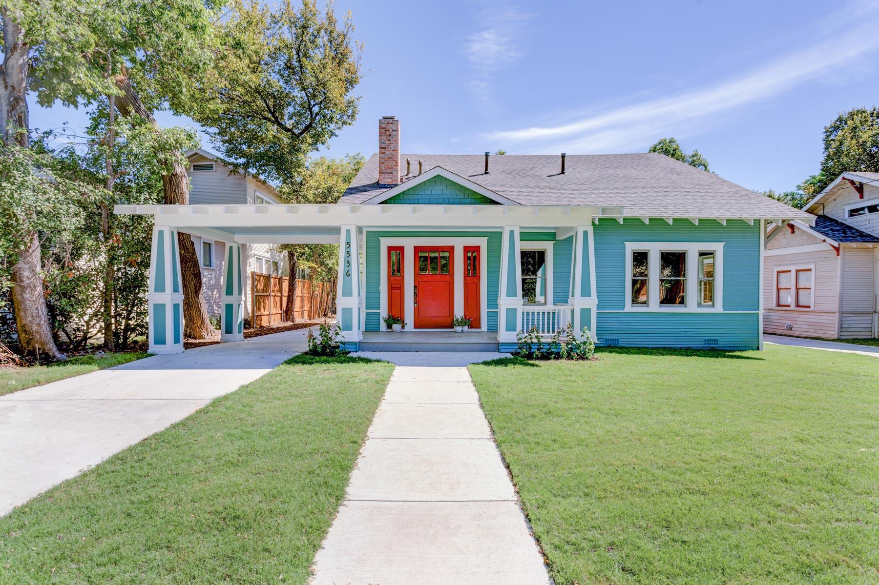 Villa per Vendita alle ore Old World Charm meets Modern Day Amenities 5536 Tremont St Dallas, Texas, 75214 Stati Uniti