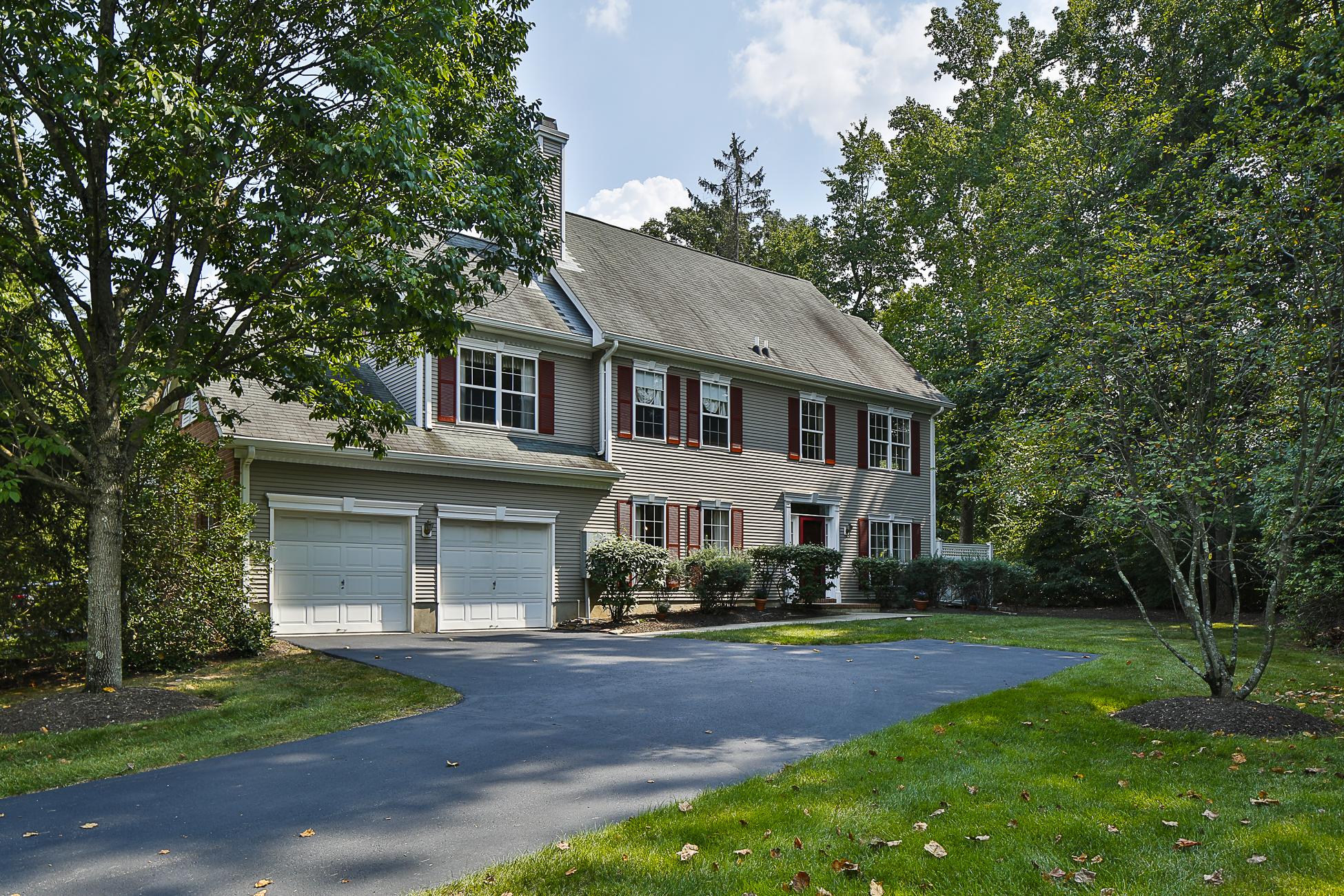 Stadthaus für Verkauf beim A Deeply-Restful Atmosphere in Campbell Woods 44 McComb Road Princeton, New Jersey 08540 Vereinigte Staaten