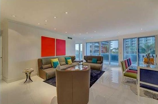 Piso por un Venta en Majestic Tower 9601 COLLINS AVE UNIT#502 Bal Harbour, Florida, 33154 Estados Unidos