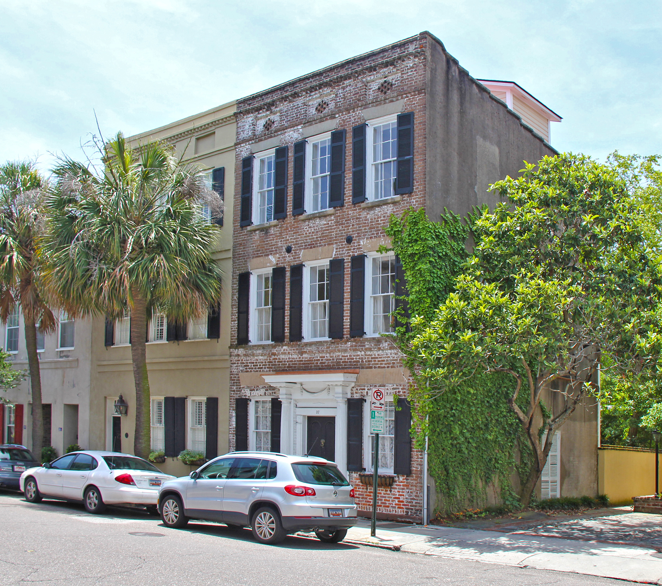 Townhouse for Sale at 37 State 37 State Street French Quarter, Charleston, South Carolina, 29401 United States