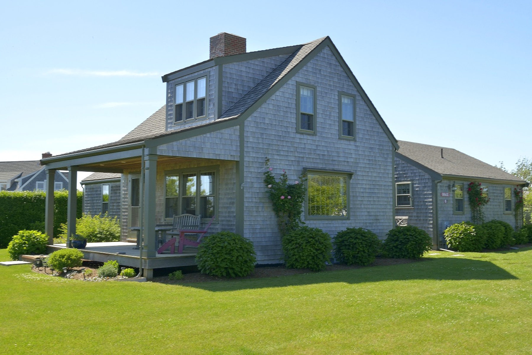 Single Family Home for Sale at Grace Cottage 6 Stone Post Way Siasconset, Massachusetts 02564 United States