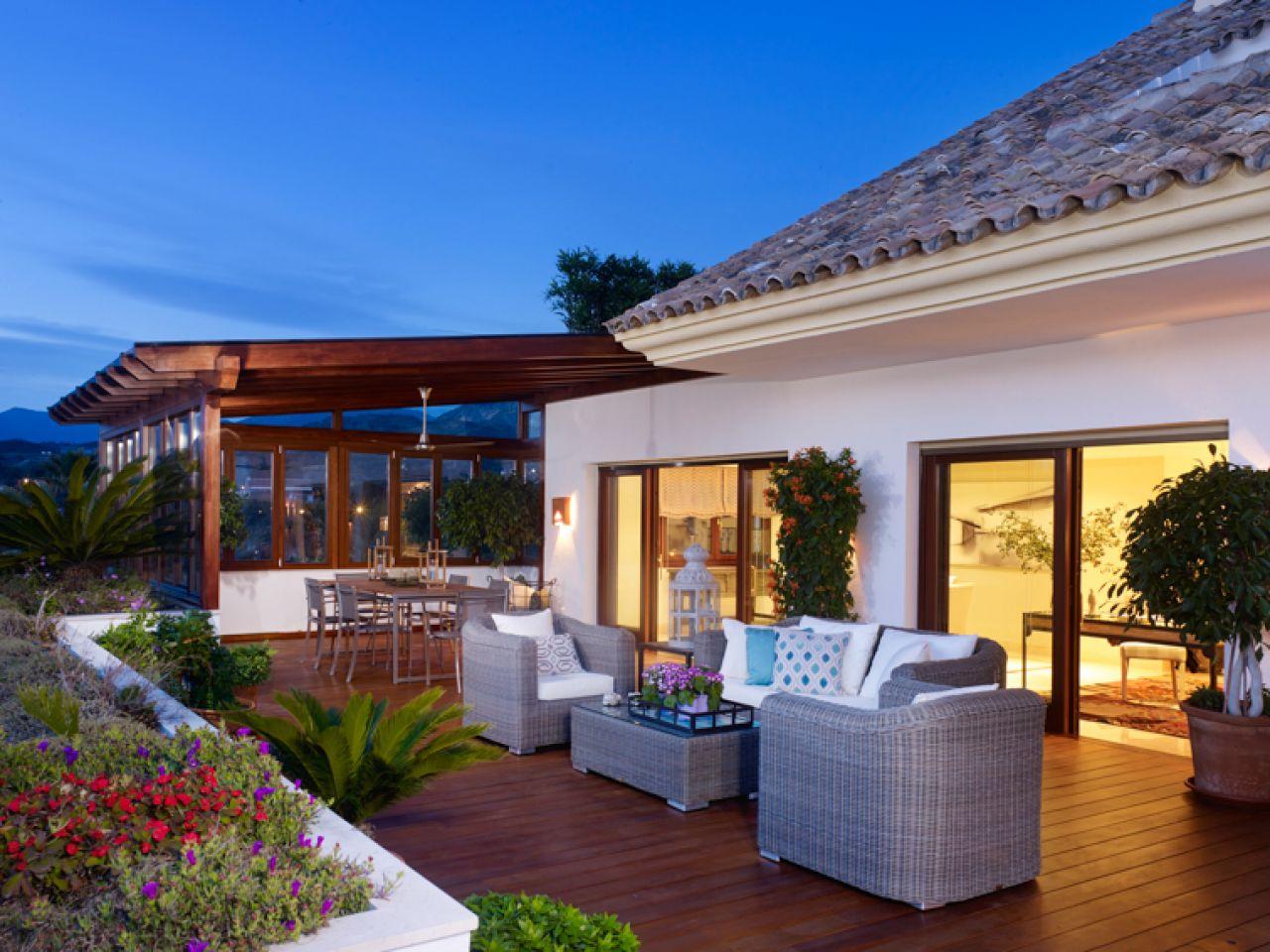 Apartamento para Venda às Penthouse in Golden Mile Lomas del Rey Marbella, Costa Del Sol 29600 Espanha