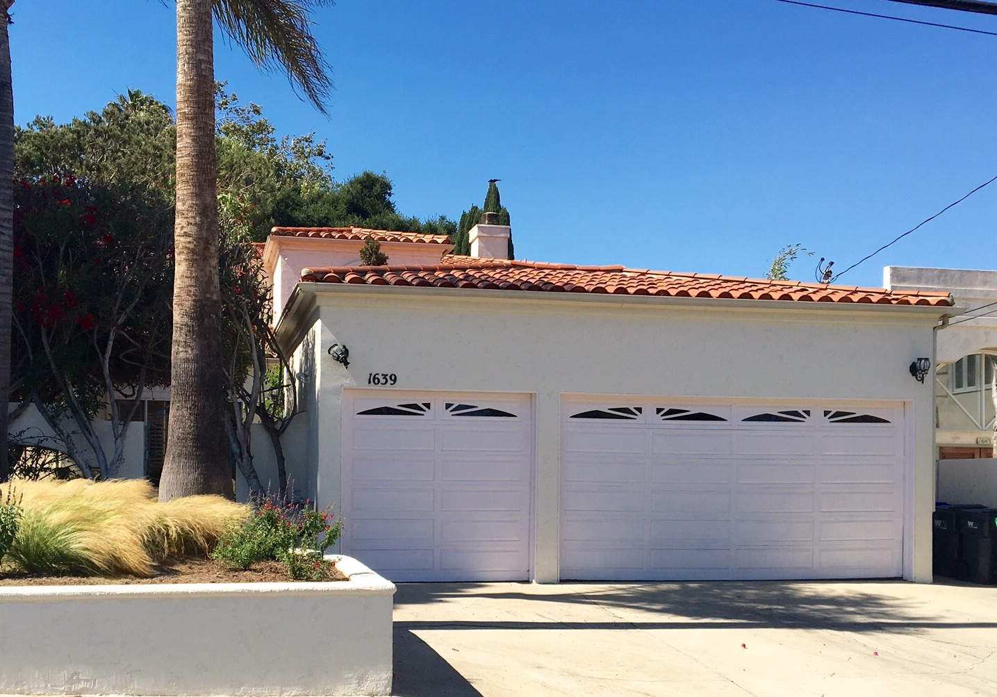 Single Family Home for Sale at 1639 2nd St Manhattan Beach, California, 90266 United States