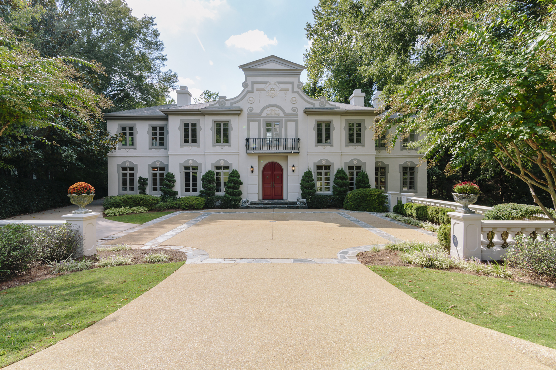 Single Family Home for Sale at Elegant Buckhead Home 2760 Carmon On Wesley NW Buckhead, Atlanta, Georgia 30327 United States
