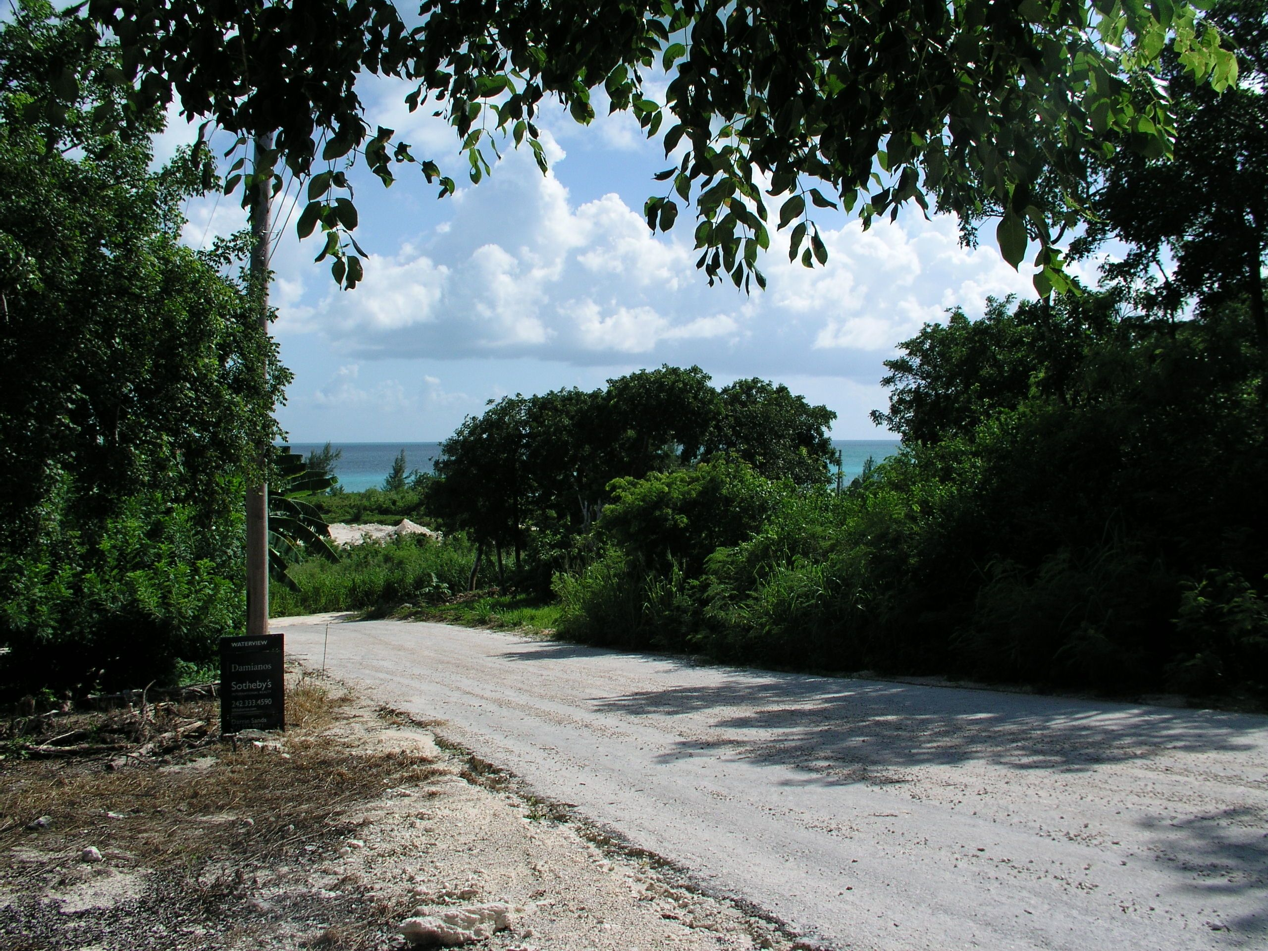 Additional photo for property listing at Pelican Bay - Lot 17 Spanish Wells, Eleuthera Bahamas